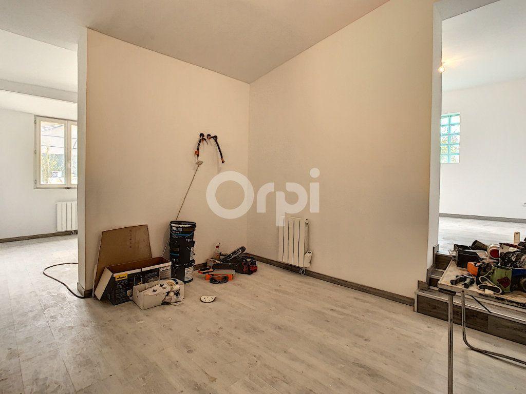 Maison à vendre 5 110m2 à Villers-Saint-Paul vignette-9