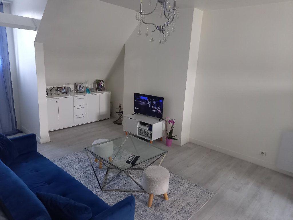 Appartement à louer 2 39.1m2 à Creil vignette-3