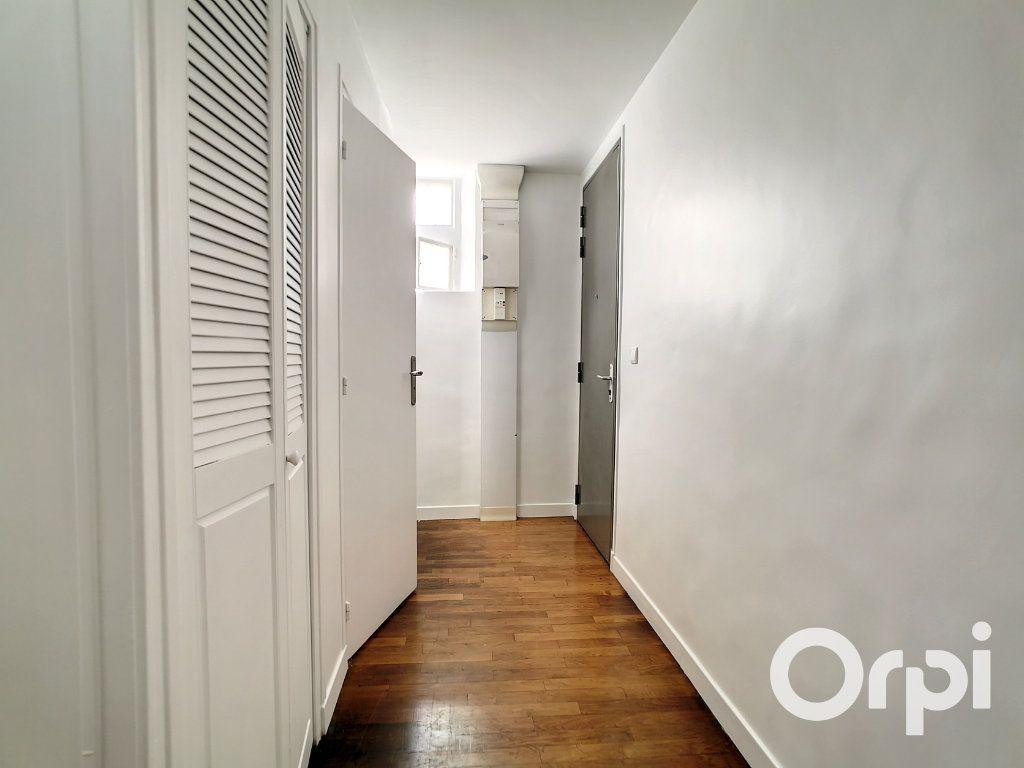 Appartement à louer 5 101.34m2 à Creil vignette-9