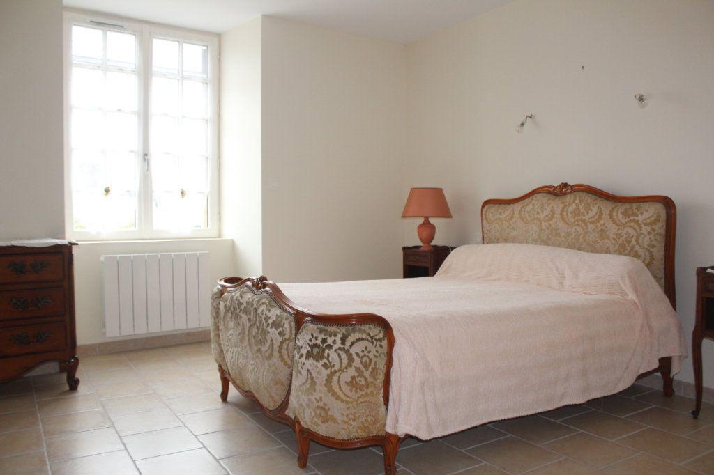 Maison à vendre 10 195m2 à Saint-Savin vignette-8