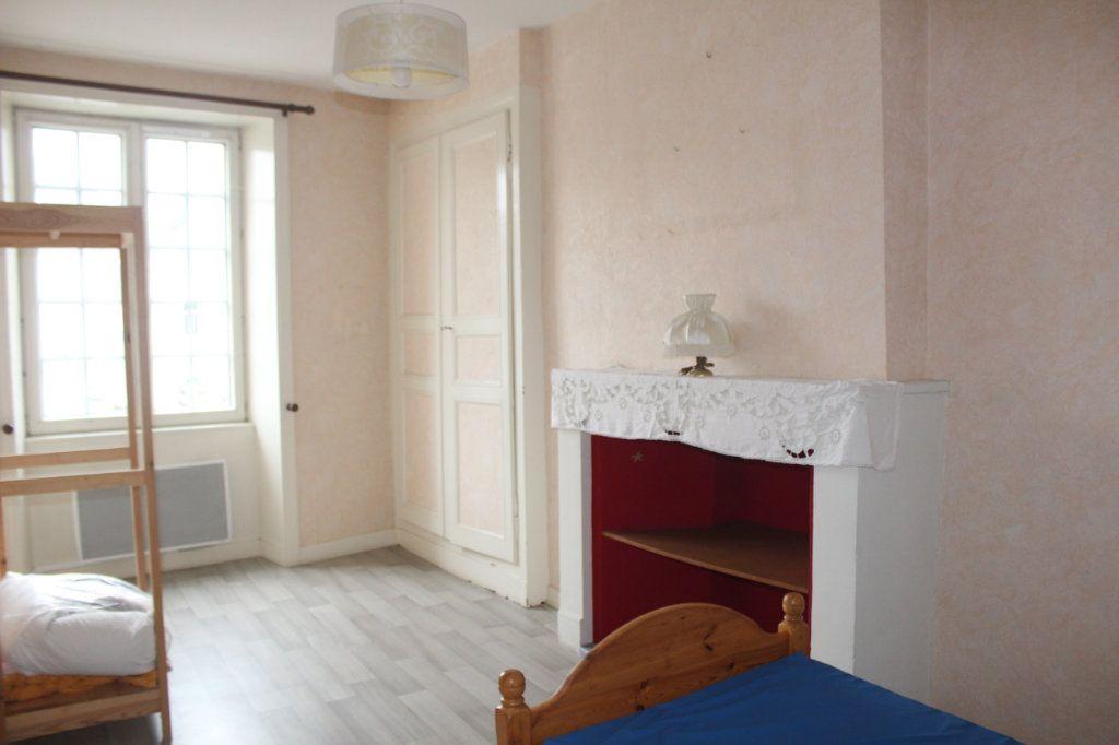 Maison à vendre 10 195m2 à Saint-Savin vignette-10