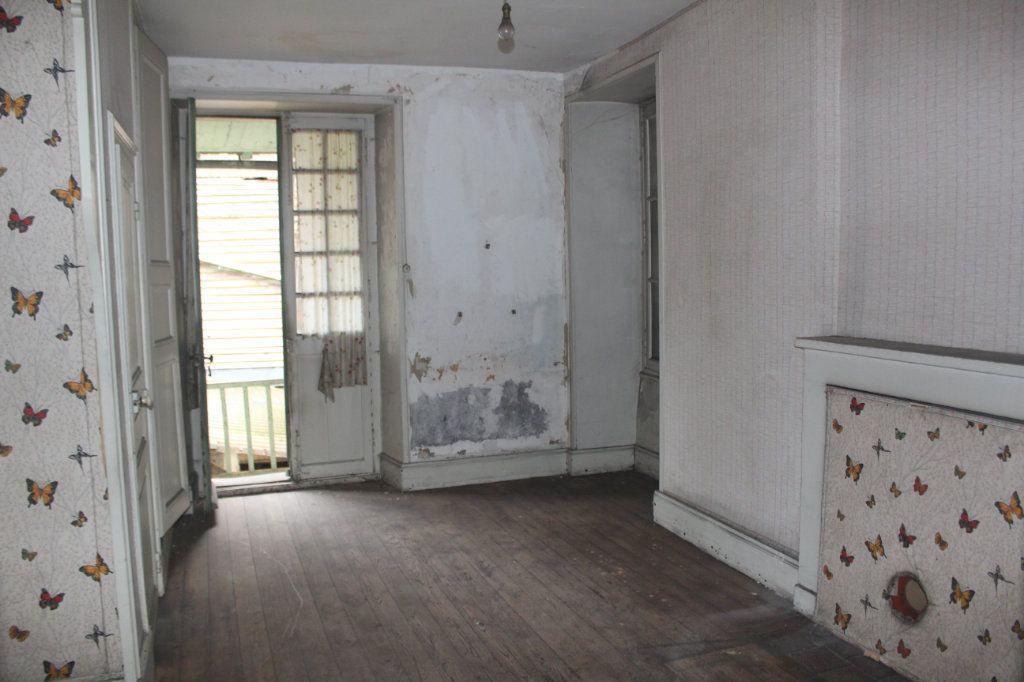 Maison à vendre 10 195m2 à Saint-Savin vignette-13