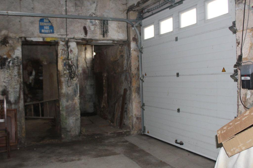 Maison à vendre 10 195m2 à Saint-Savin vignette-15
