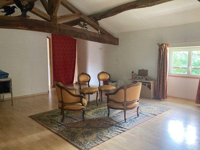Maison à vendre 10 341m2 à Paizay-le-Sec vignette-9