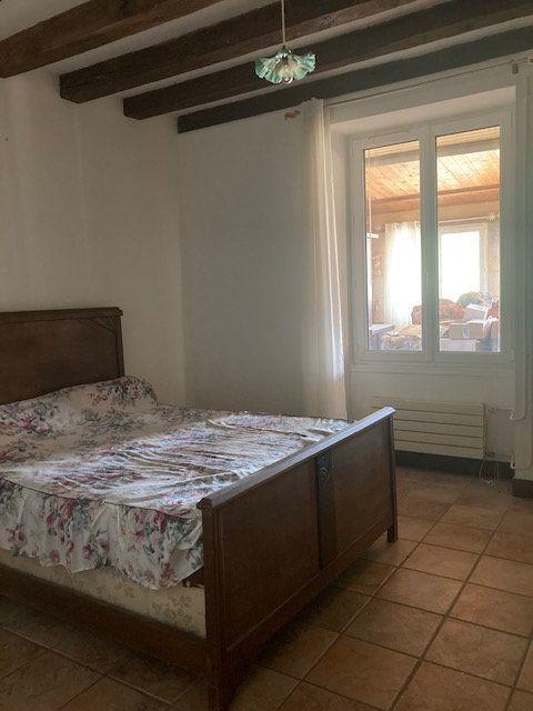 Maison à vendre 10 341m2 à Paizay-le-Sec vignette-11