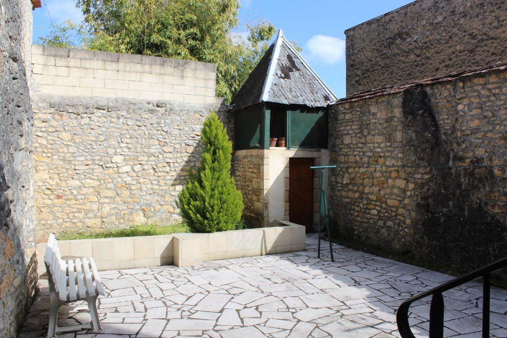 Maison à vendre 3 98m2 à Saint-Savin vignette-2