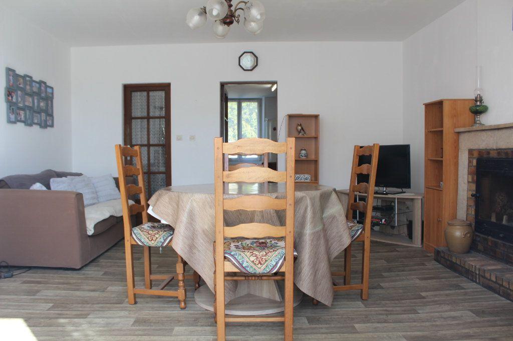 Maison à vendre 3 98m2 à Saint-Savin vignette-3