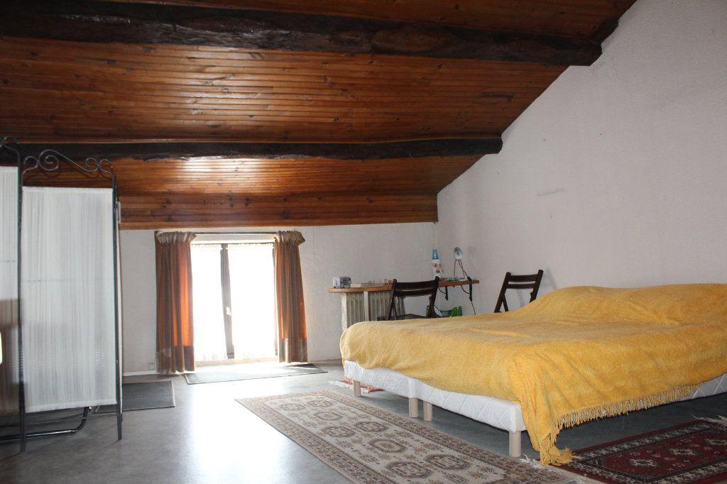Maison à vendre 3 98m2 à Saint-Savin vignette-6