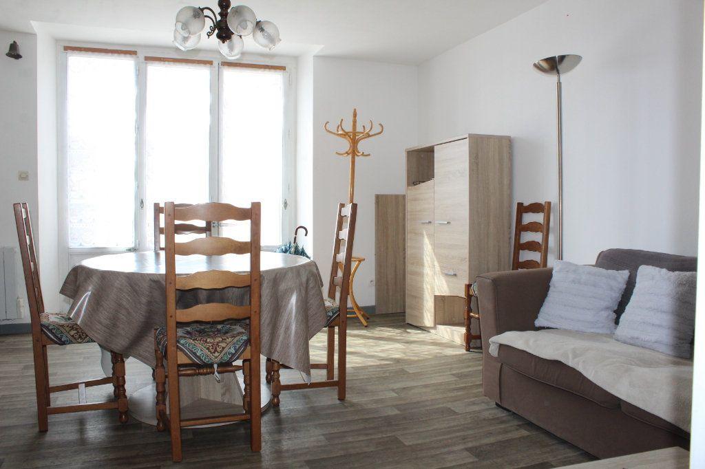 Maison à vendre 3 98m2 à Saint-Savin vignette-7