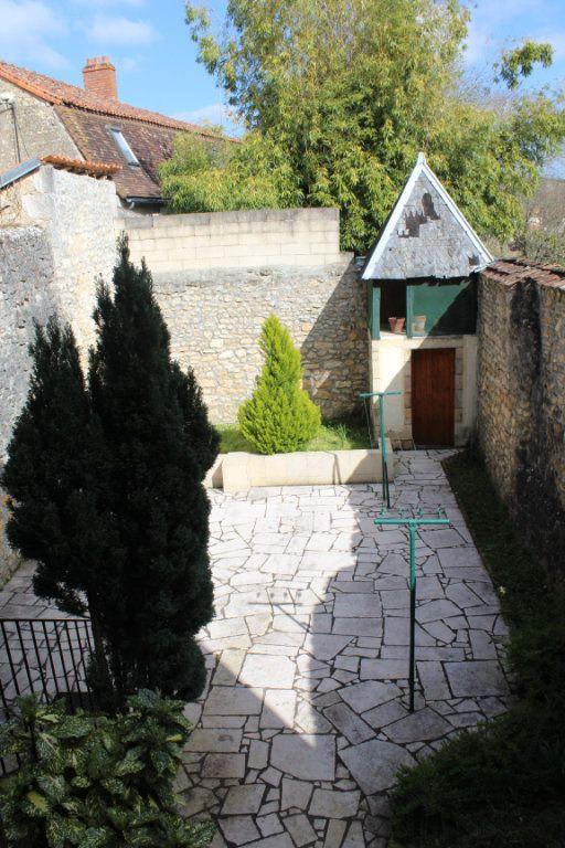 Maison à vendre 3 98m2 à Saint-Savin vignette-11