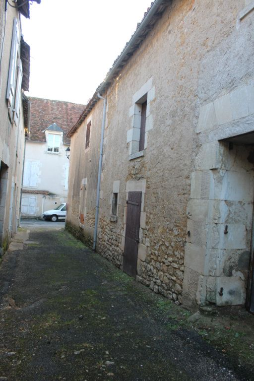 Maison à vendre 5 114m2 à Saint-Savin vignette-11