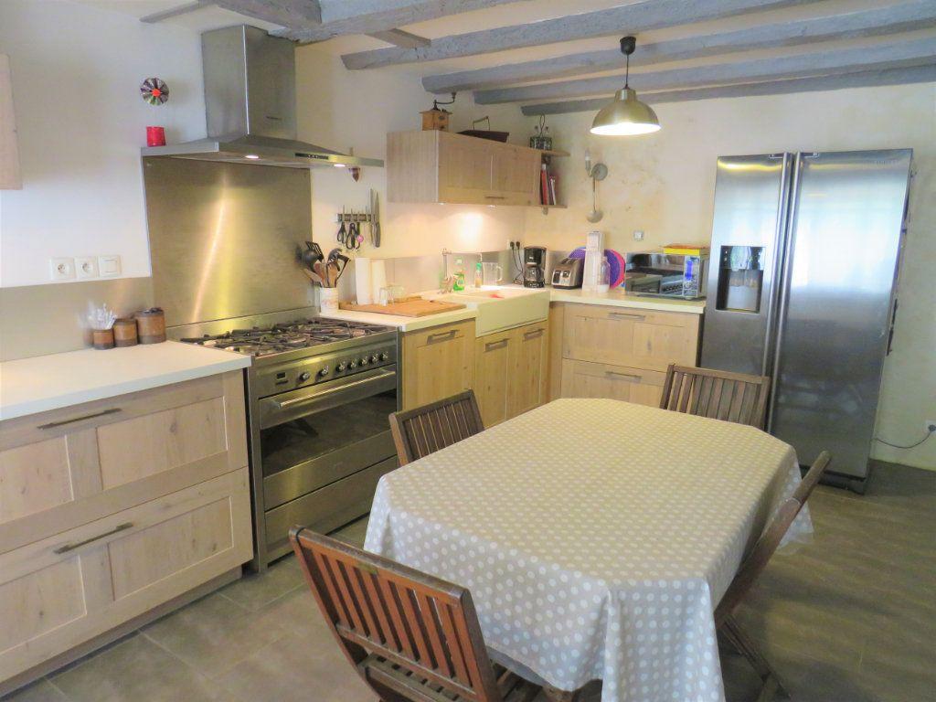 Maison à vendre 6 190m2 à Chauvigny vignette-1