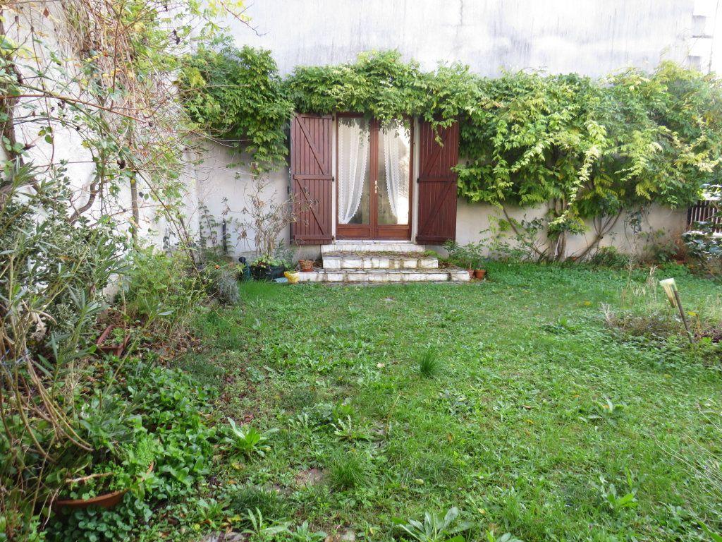 Maison à vendre 5 105m2 à Chauvigny vignette-1
