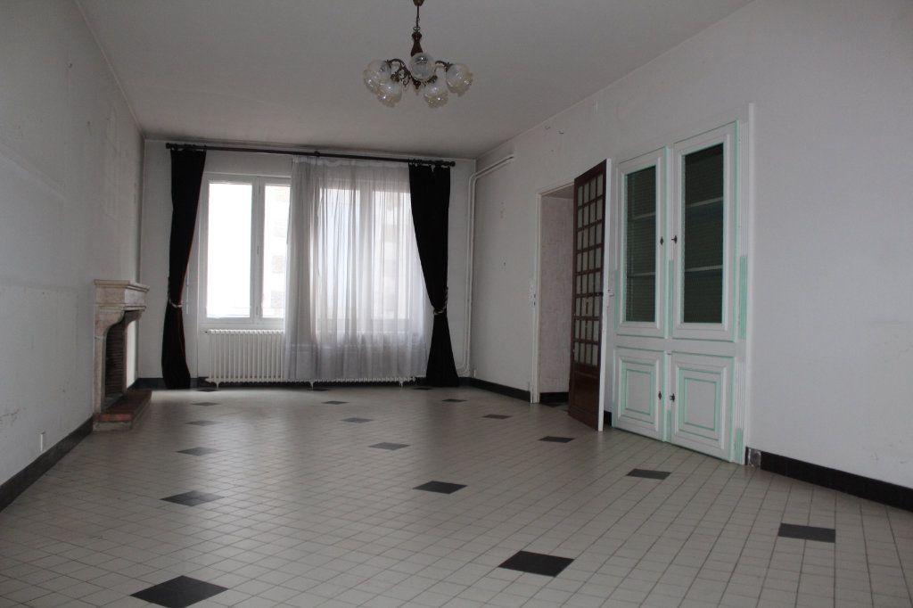Maison à vendre 15 365m2 à Saint-Savin vignette-5