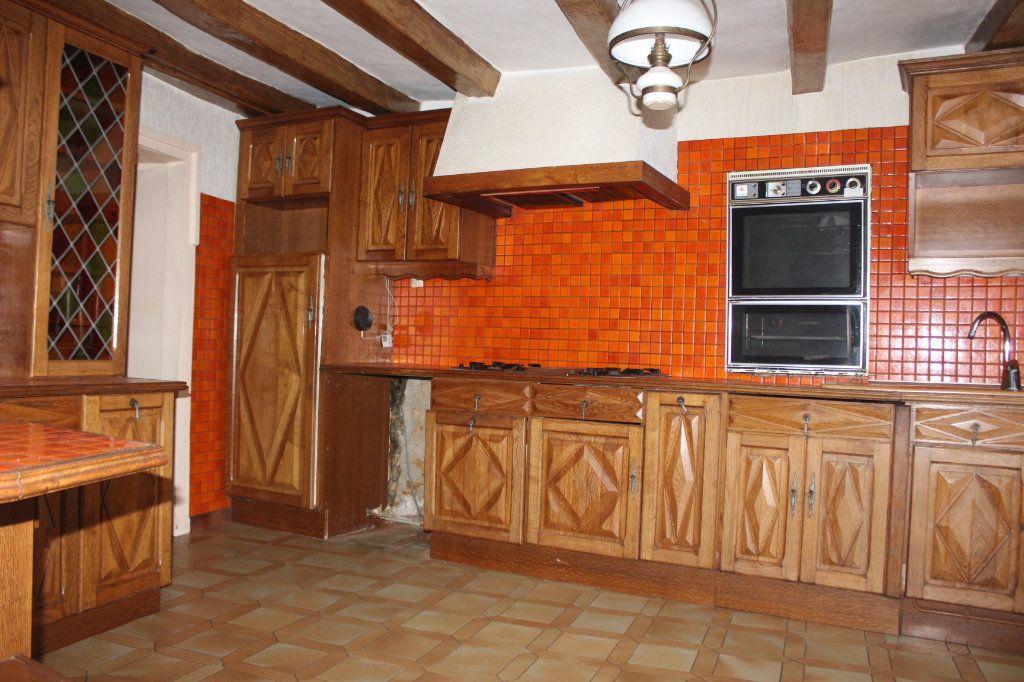 Maison à vendre 15 365m2 à Saint-Savin vignette-6