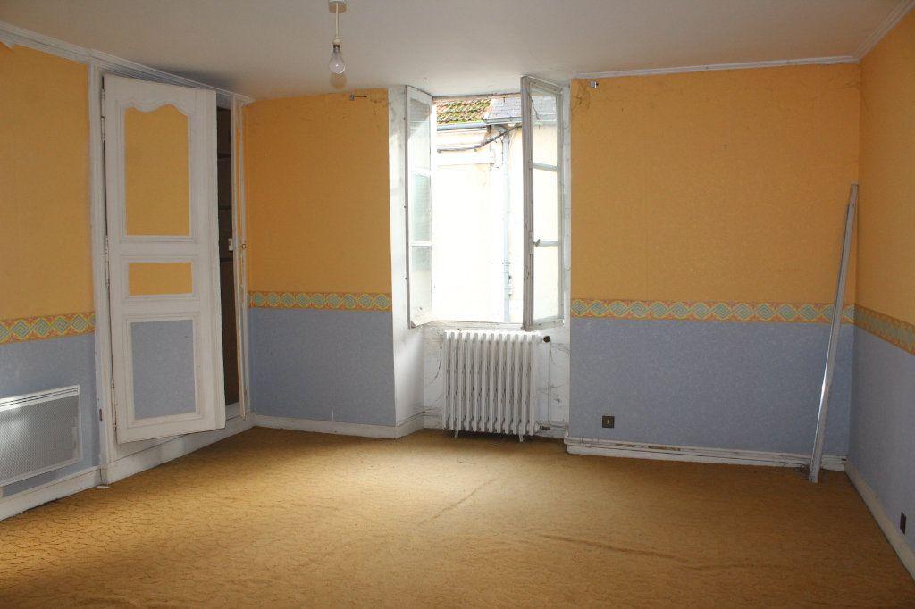 Maison à vendre 15 365m2 à Saint-Savin vignette-15