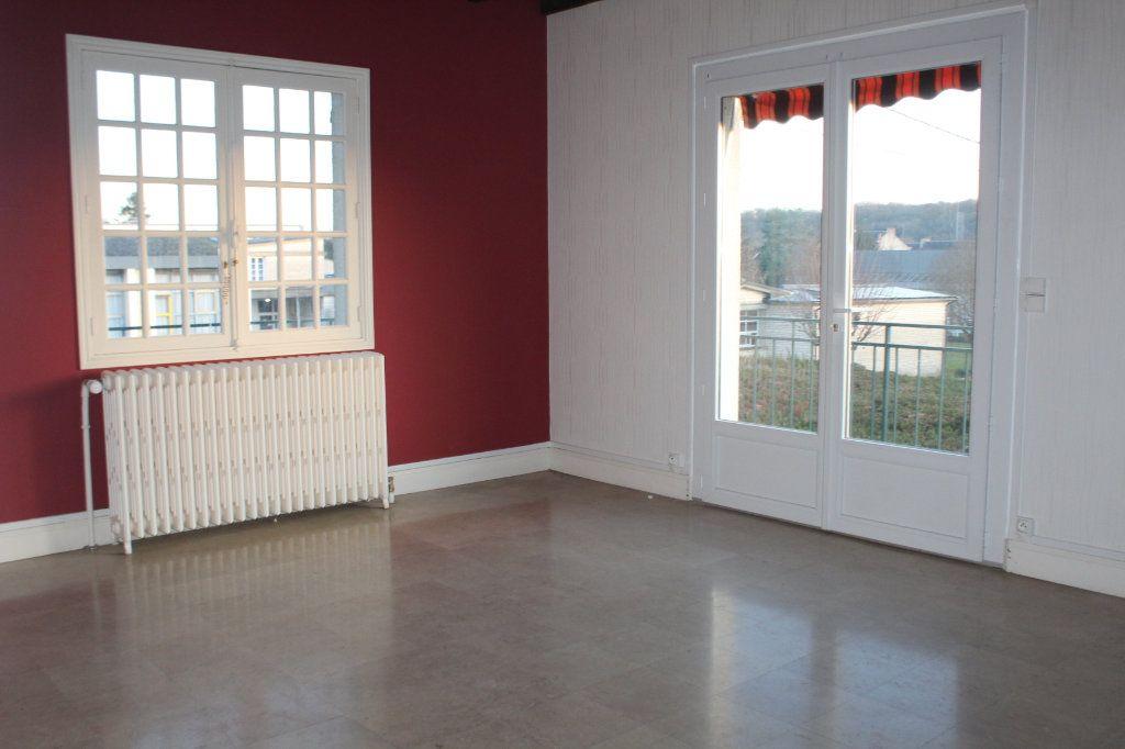 Maison à vendre 5 133.45m2 à Le Blanc vignette-2