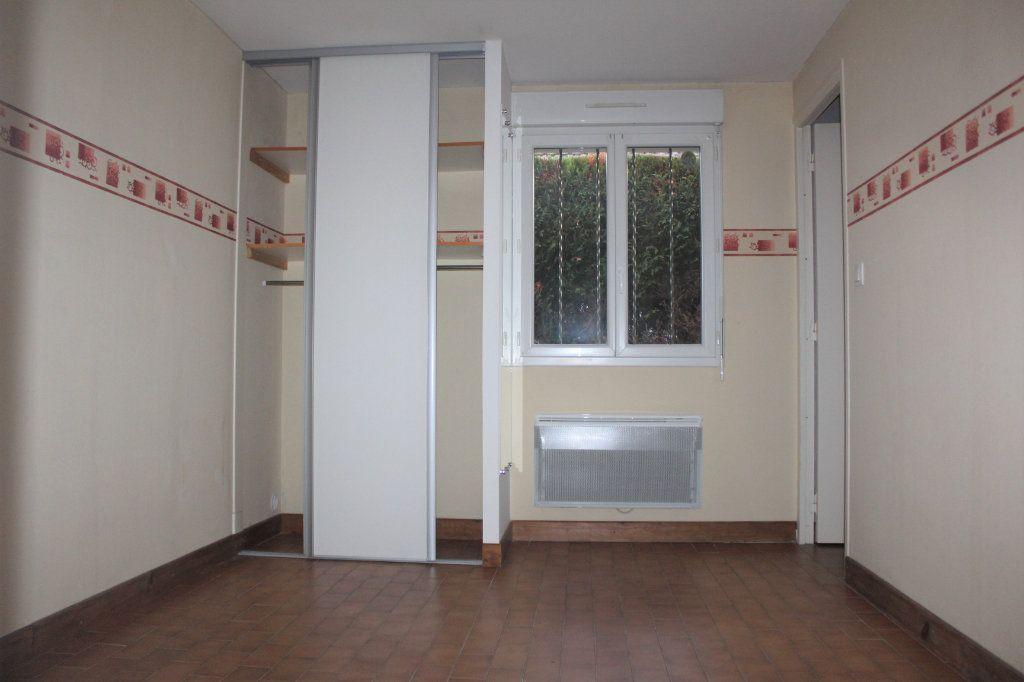 Maison à vendre 5 133.45m2 à Le Blanc vignette-10