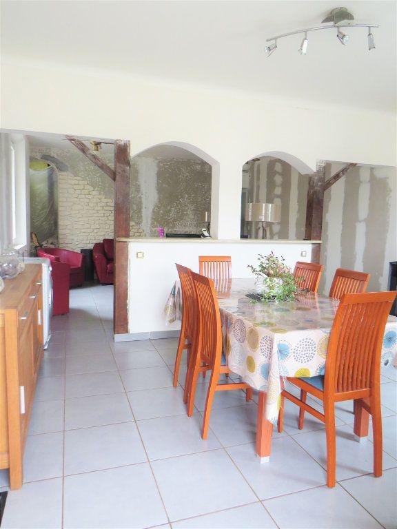 Maison à vendre 5 100m2 à Chapelle-Viviers vignette-1