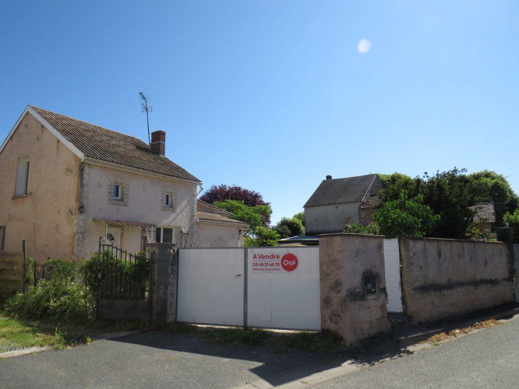 Maison à vendre 5 100m2 à Chapelle-Viviers vignette-5