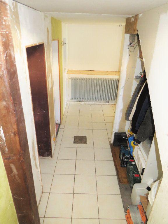 Maison à vendre 5 100m2 à Chapelle-Viviers vignette-8
