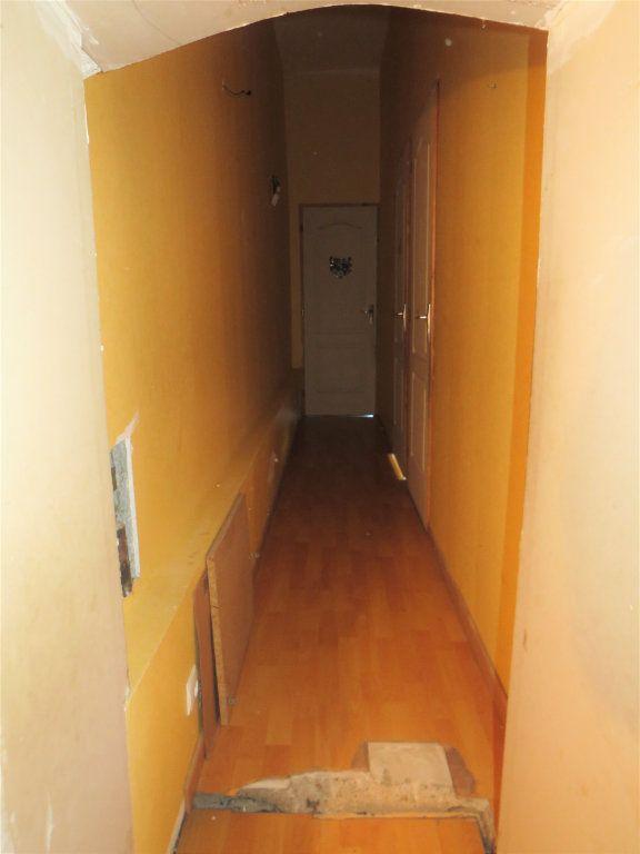Maison à vendre 5 100m2 à Chapelle-Viviers vignette-10