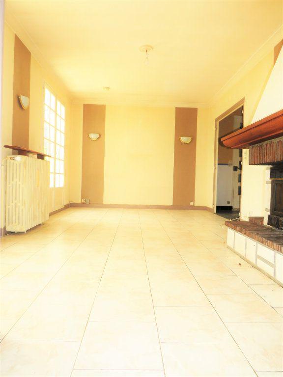 Maison à vendre 5 159m2 à La Trimouille vignette-5