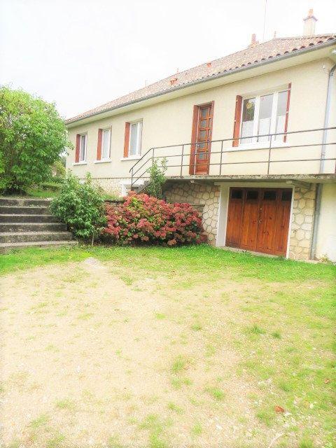 Maison à vendre 6 128.04m2 à Saulgé vignette-1
