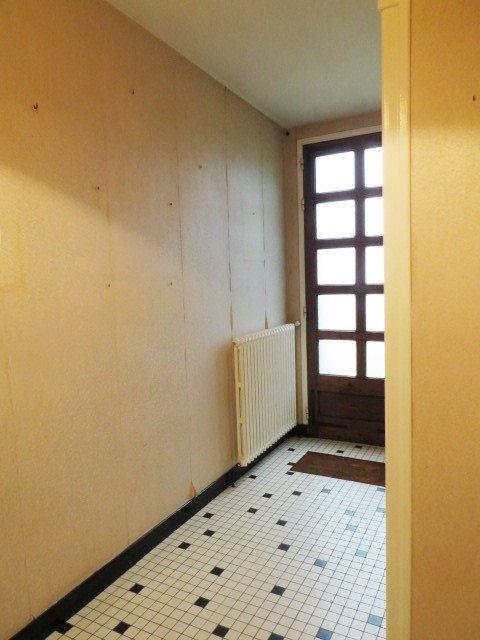 Maison à vendre 6 128.04m2 à Saulgé vignette-11