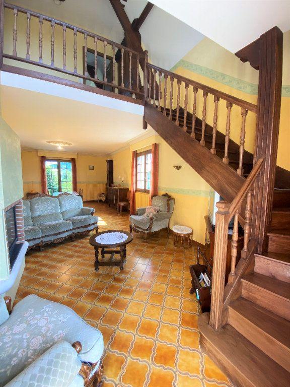Maison à vendre 7 160m2 à Montmorillon vignette-5