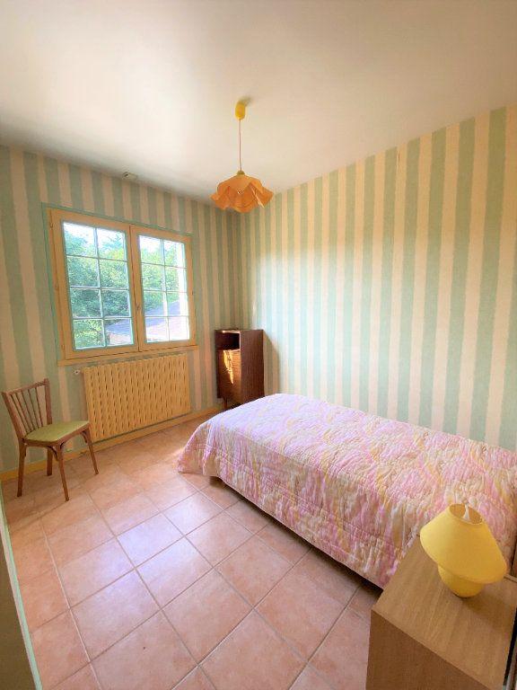 Maison à vendre 7 160m2 à Montmorillon vignette-9