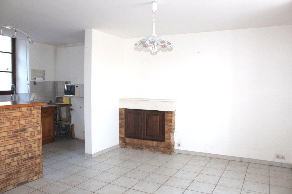 Maison à vendre 4 116m2 à Mérigny vignette-3