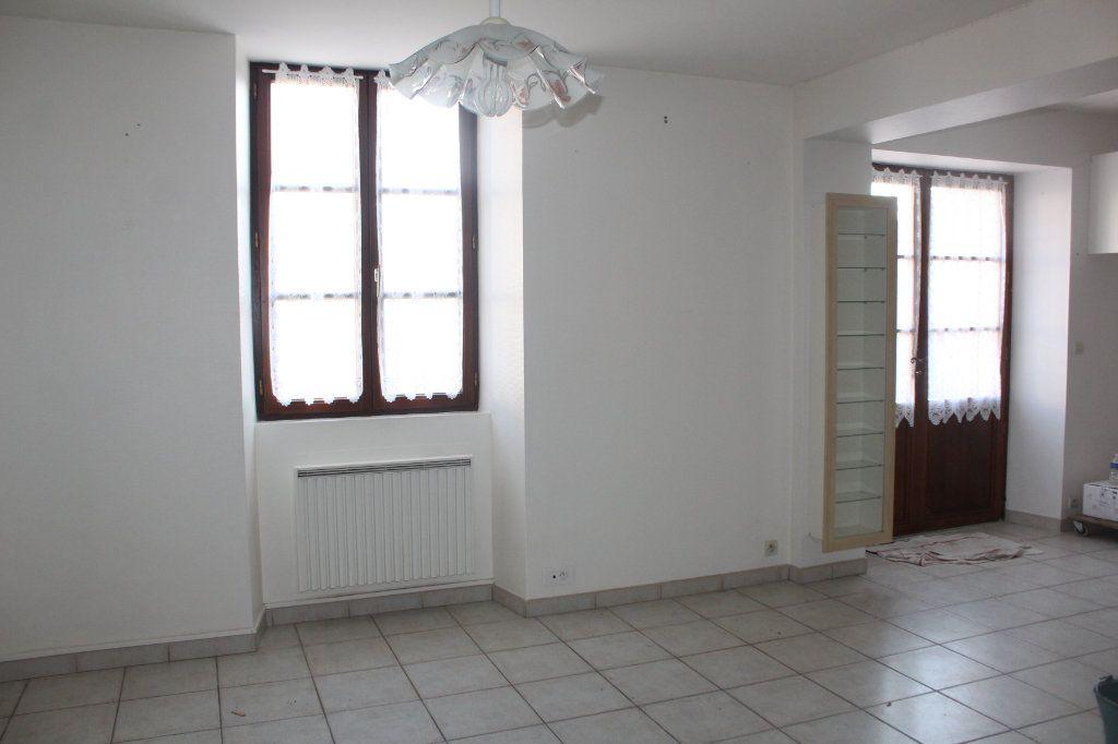 Maison à vendre 4 116m2 à Mérigny vignette-4