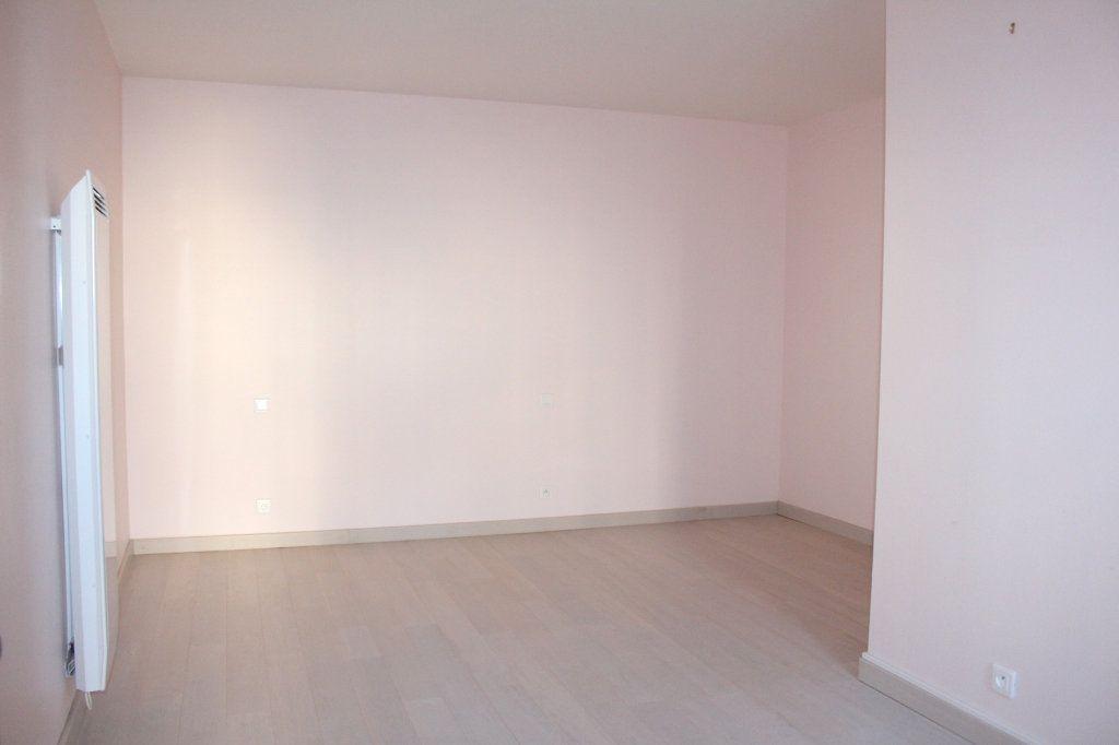 Maison à vendre 4 116m2 à Mérigny vignette-12