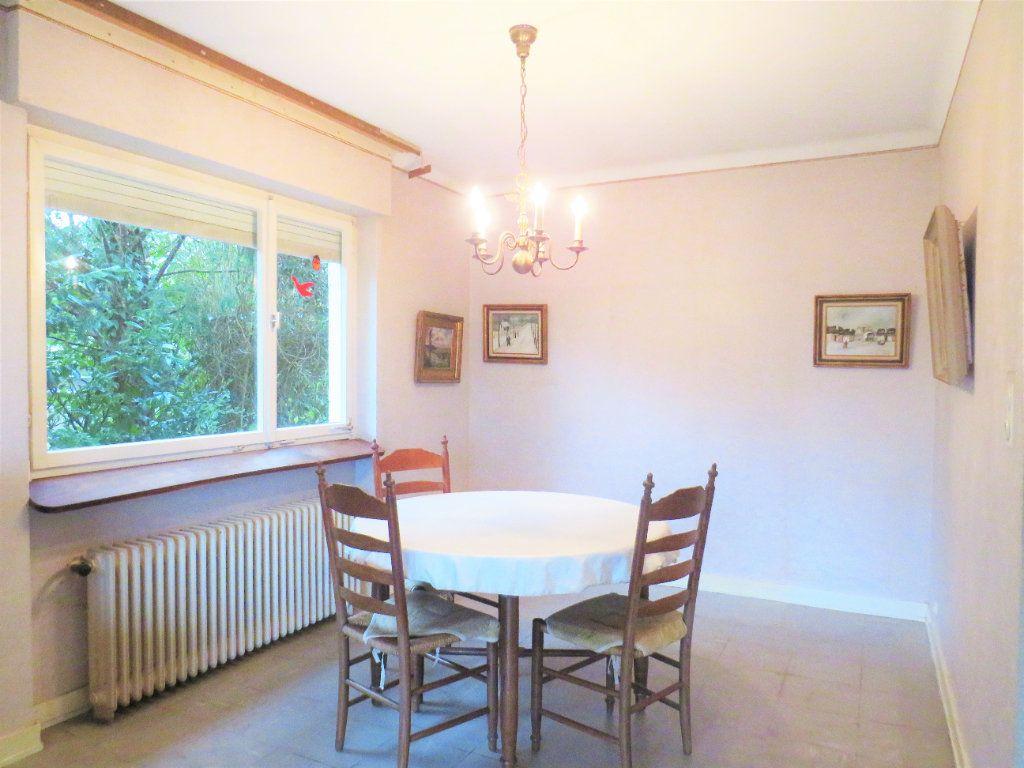 Maison à vendre 7 174m2 à Montmorillon vignette-4