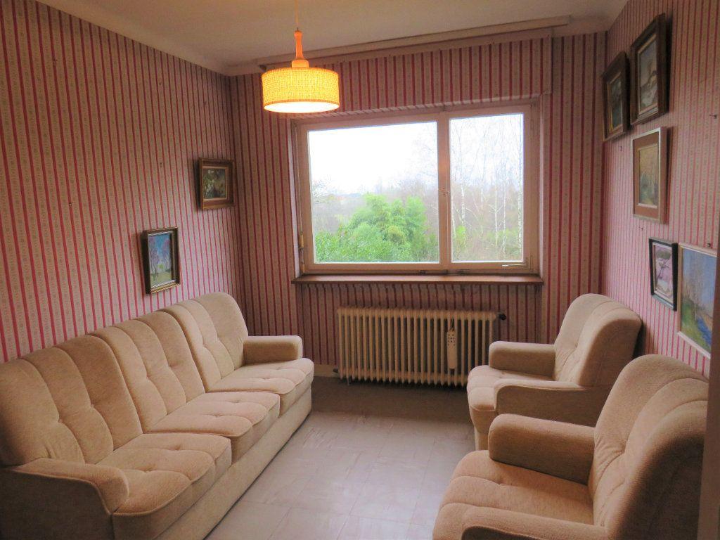 Maison à vendre 7 174m2 à Montmorillon vignette-5