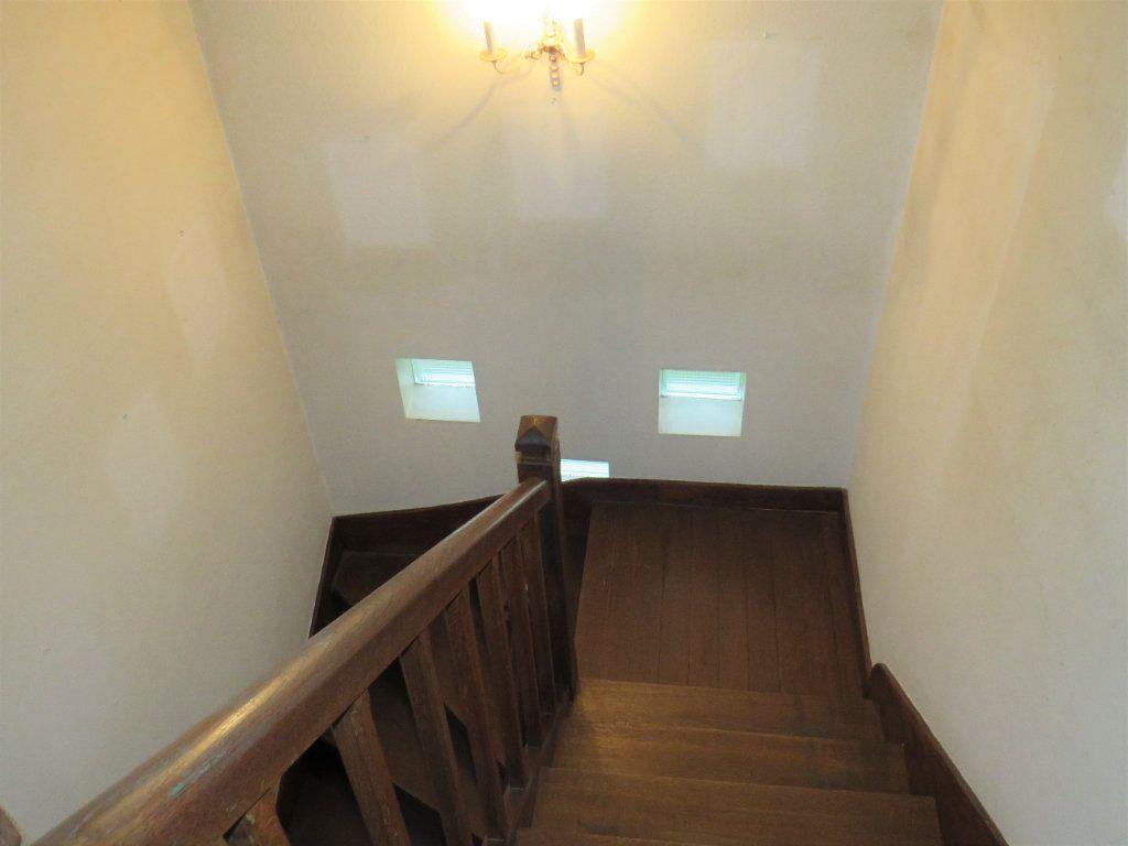Maison à vendre 7 174m2 à Montmorillon vignette-10
