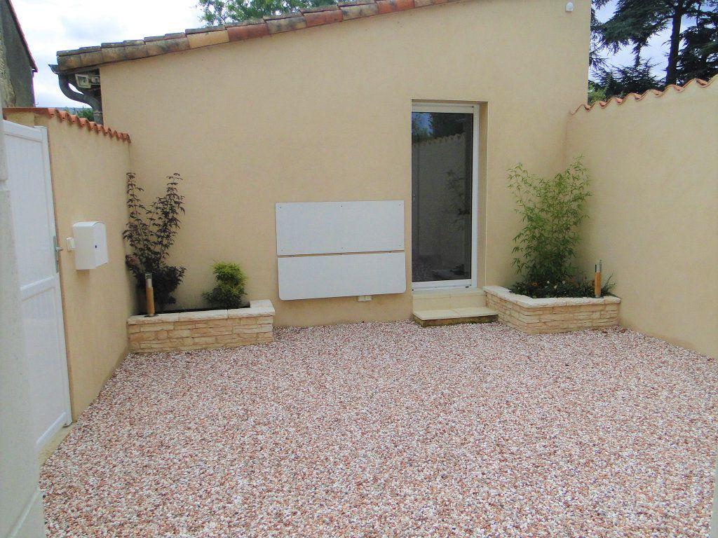 Maison à vendre 4 110m2 à Chauvigny vignette-9