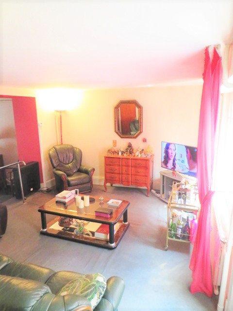 Maison à vendre 5 103.3m2 à Montmorillon vignette-6