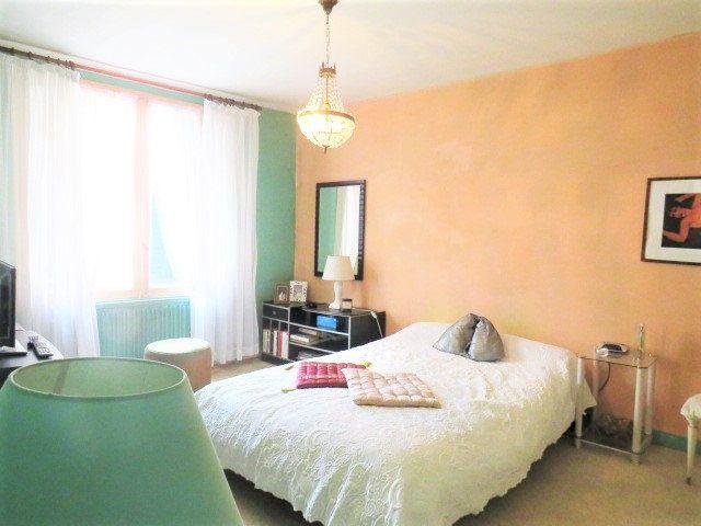 Maison à vendre 5 103.3m2 à Montmorillon vignette-12