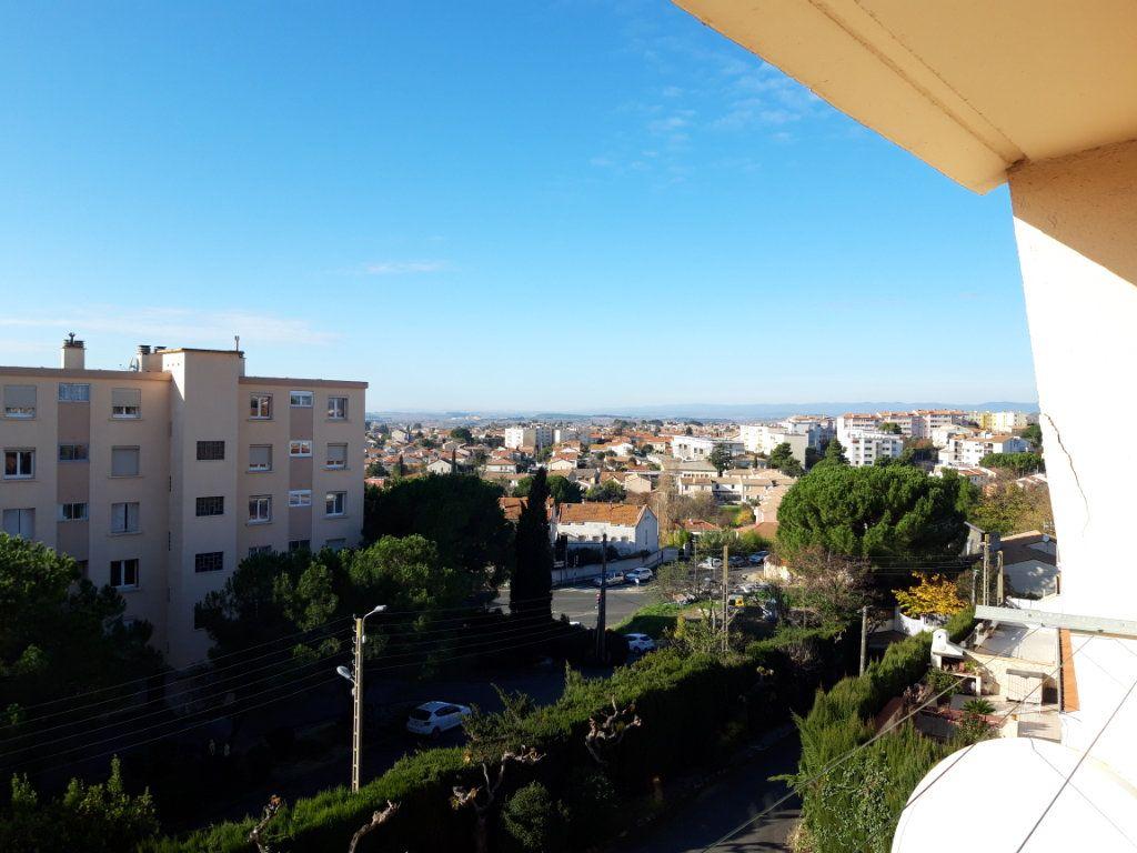 Appartement à vendre 4 90.24m2 à Béziers vignette-9
