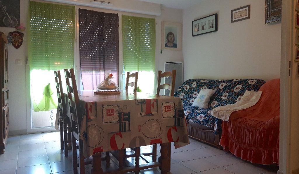 Appartement à vendre 2 40.8m2 à Béziers vignette-2