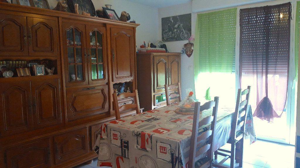 Appartement à vendre 2 40.8m2 à Béziers vignette-5