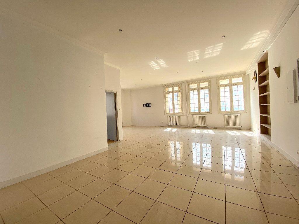 Appartement à vendre 5 196.96m2 à Béziers vignette-10