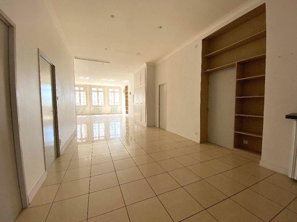 Appartement à vendre 5 196.96m2 à Béziers vignette-11