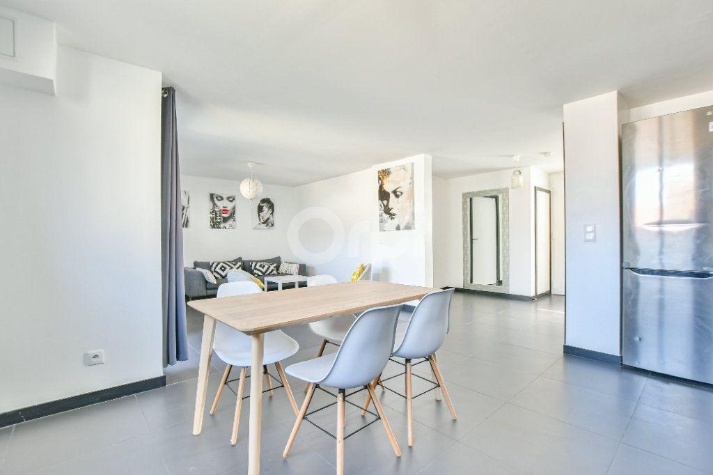 Appartement à louer 3 85.71m2 à Châtillon vignette-5