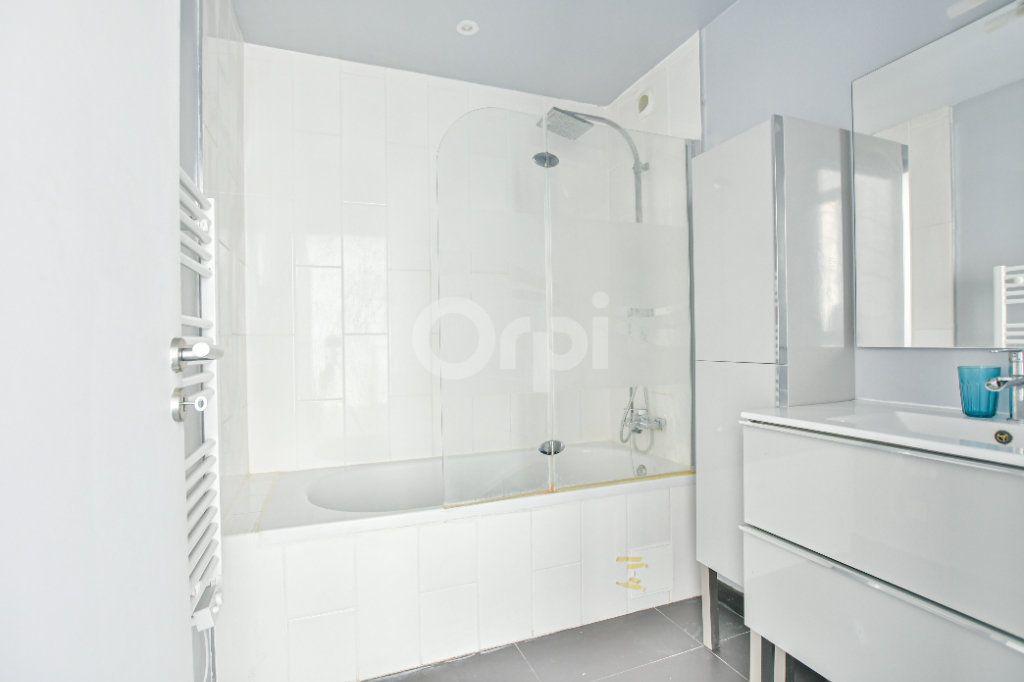 Appartement à louer 3 85.71m2 à Châtillon vignette-7