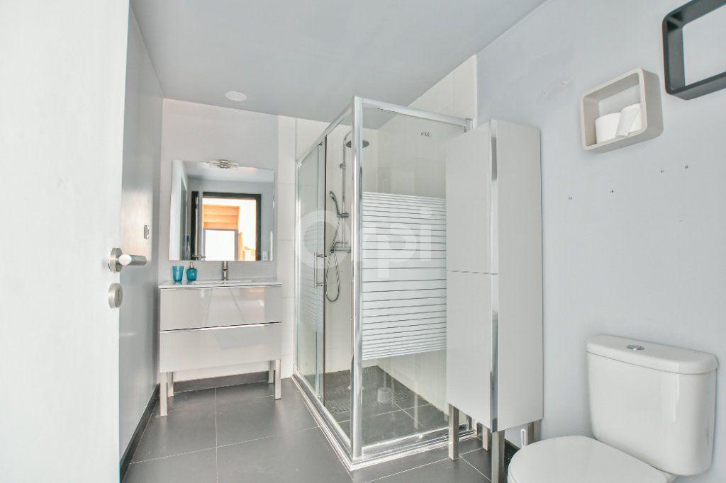 Appartement à louer 3 85.71m2 à Châtillon vignette-8
