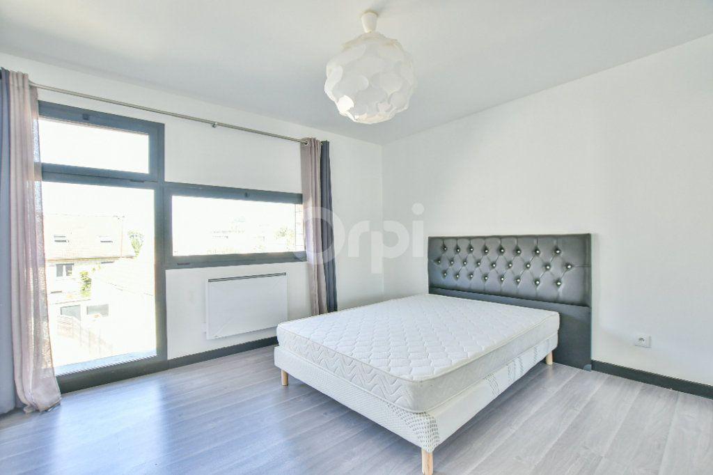 Appartement à louer 3 85.71m2 à Châtillon vignette-10