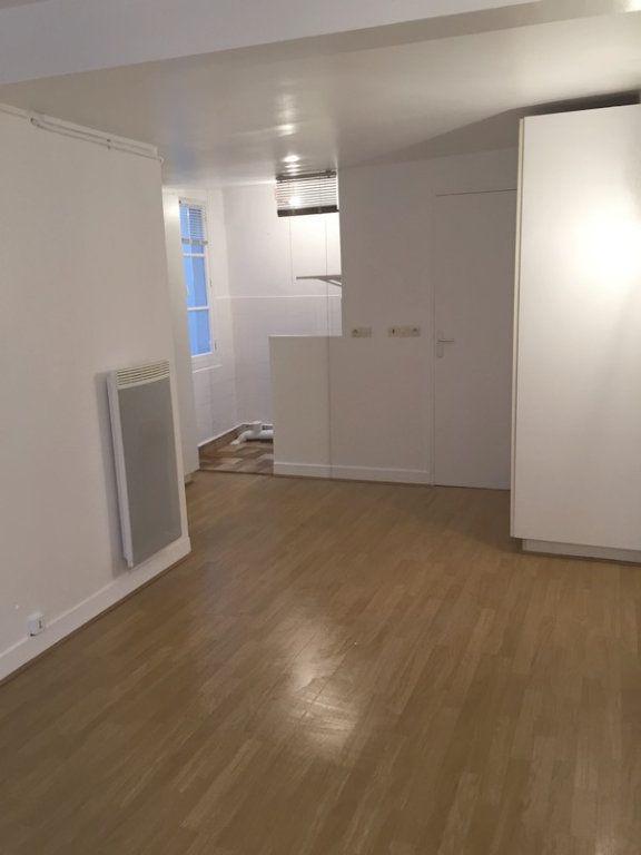 Appartement à louer 1 19.06m2 à Paris 2 vignette-2